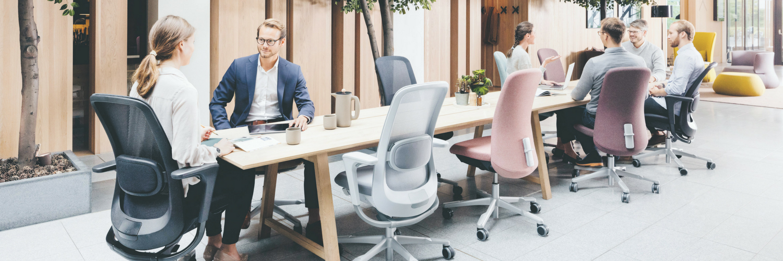 Vind de juiste bureaustoel en zithouding