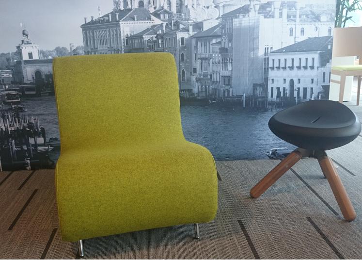 Lounge stoel simple loungestoelen fauteuils mv kantoor