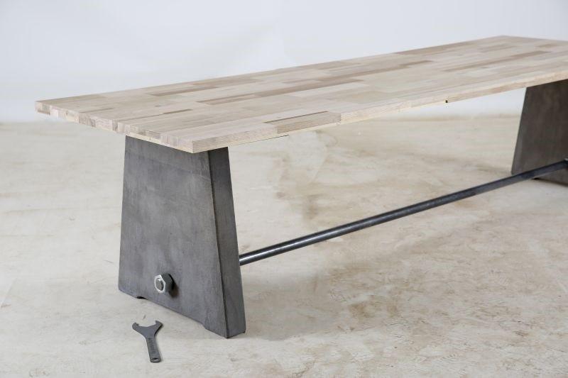 Grote Houten Tafels : Stoere massief houten tafel vergadertafel 12 personen mv kantoor