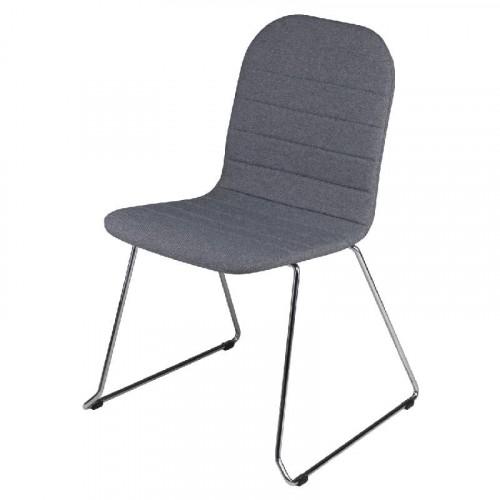 Carvi gestoffeerde stapelbare stoel