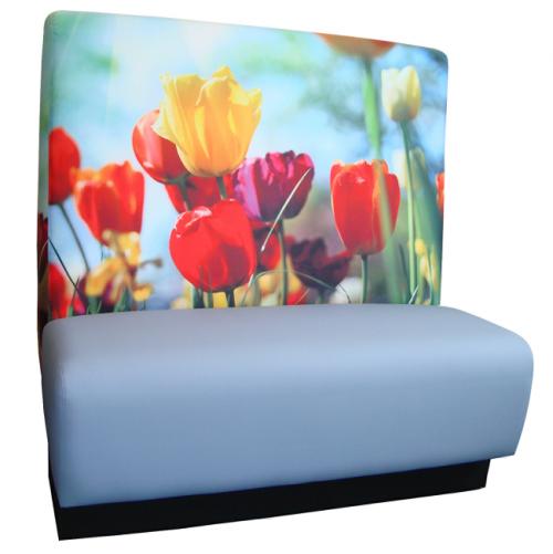 Coupe bank voor kantine interieur - zitbank op maat - treinbank print - tulpen blauw - mv kantoor