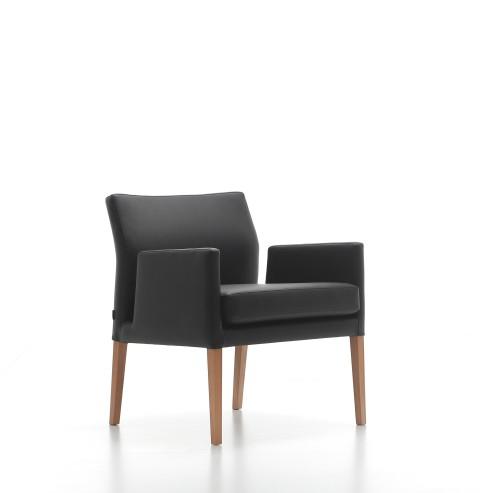 Brede loungestoel met armleuning
