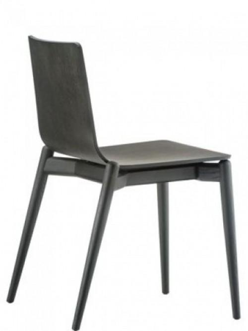 Houten stoel Malmö 390 - project stoel voor kantine inrichting