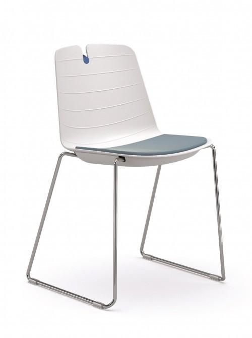 Stoel Iris Sledeframe - witte sledeframe stoel met opdekstoffering - MV Kantoor