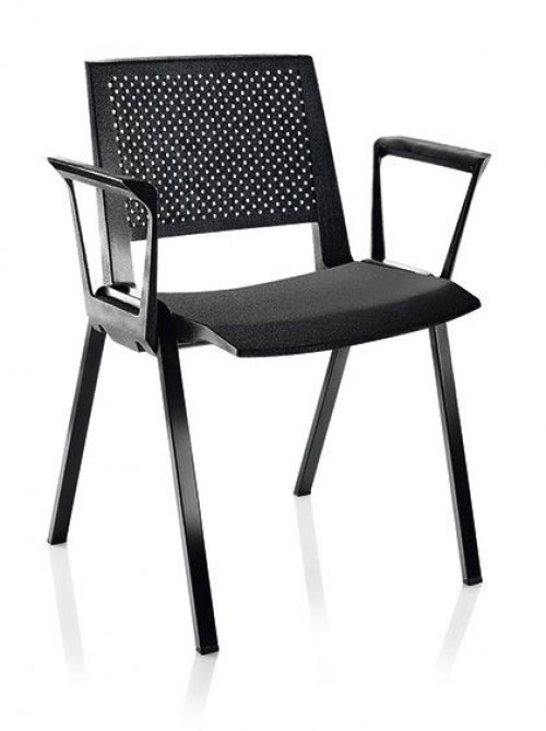 Kunststof stoel S95 met armleuning