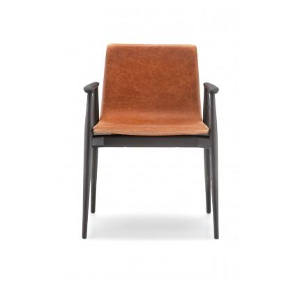 Gestoffeerde stoel Malmö 396 met armleggers