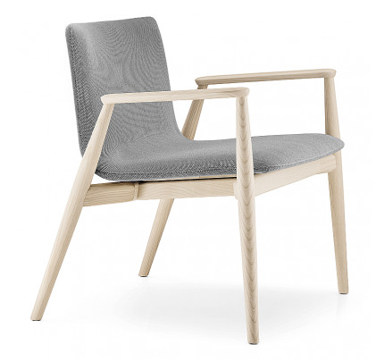 Houten loungestoel Malmö 296 - comfort fauteuils MV Kantoor