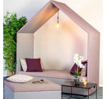 Half a Hut Lounge