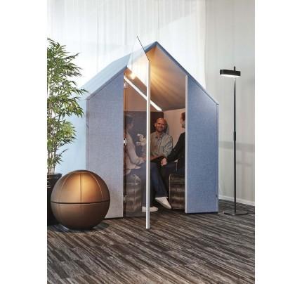 The Hut met glazen deur