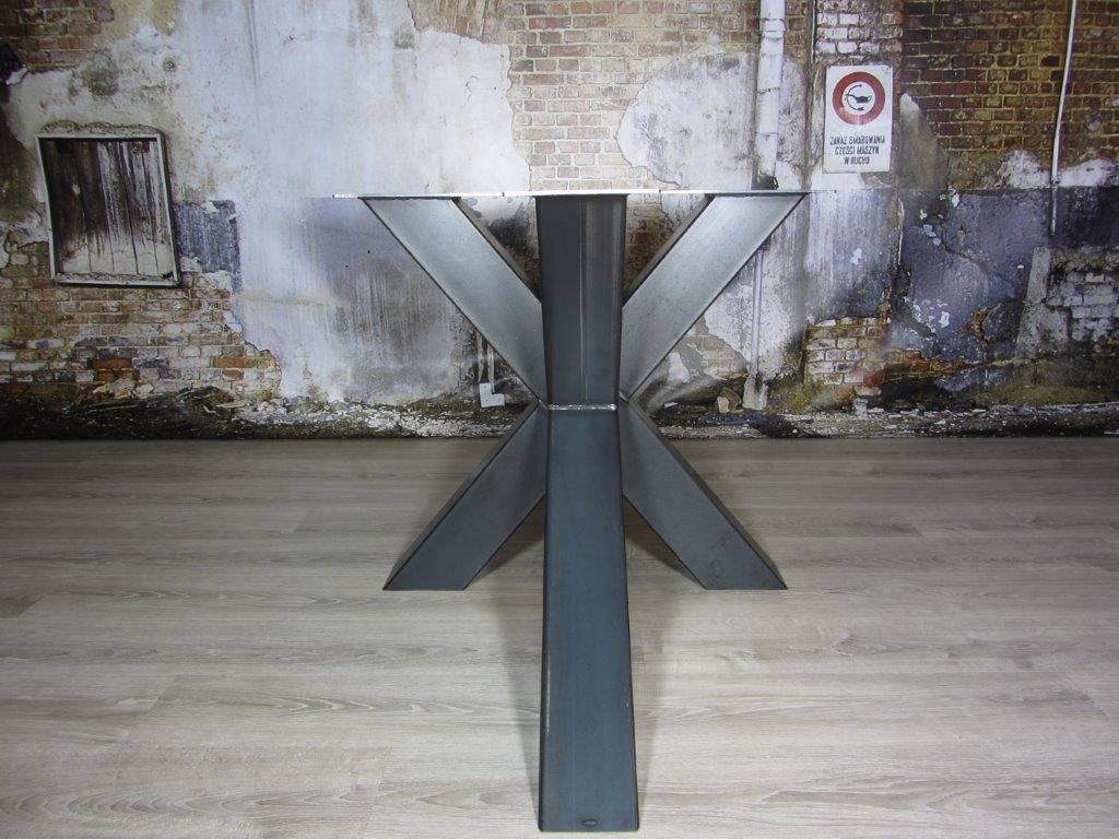 Industrieel Tafel Onderstel : Industrieel onderstel tafel. affordable zeer robuuste en zware