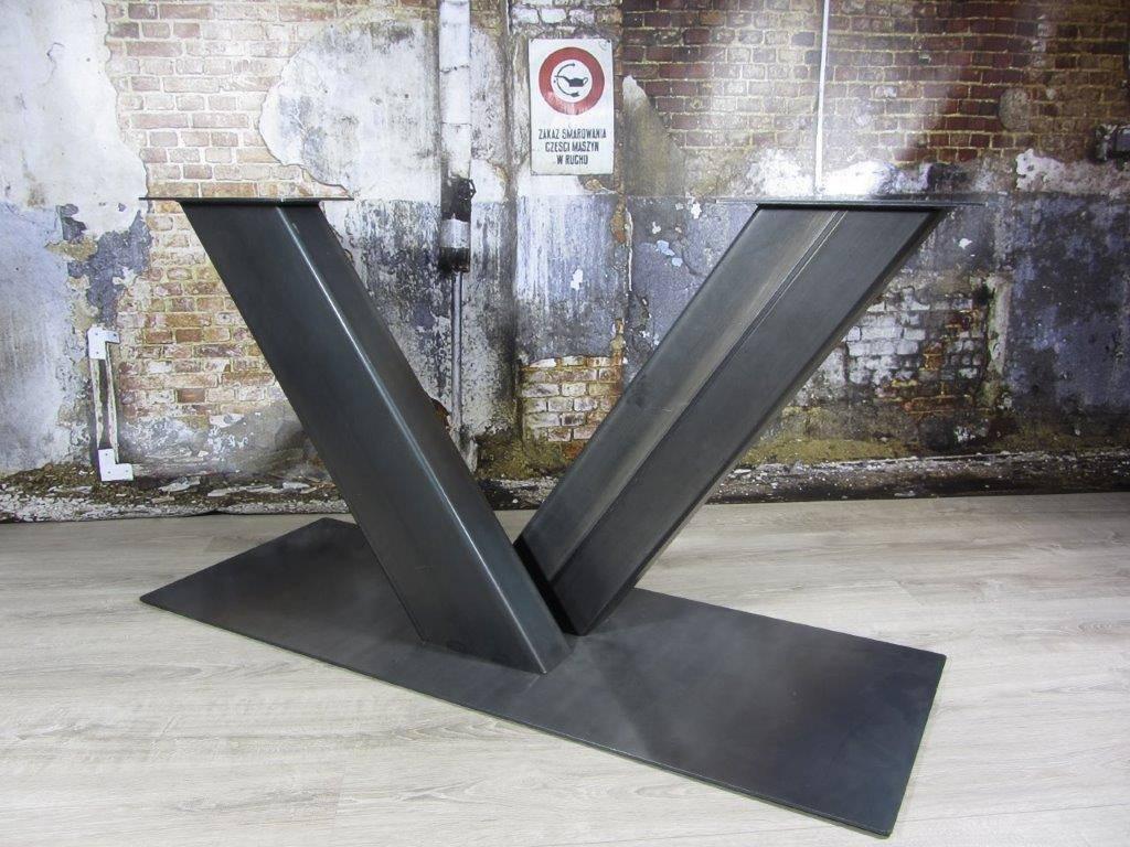 Industriele Tafel Onderstellen.Industriele Tafelonderstel V Poot Zwaar Onderstellen Tafels Mv