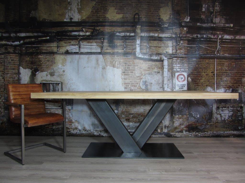 Industriele Tafel Poten : Trapezium tafel inspirerende industriele tafel voorzien van witte