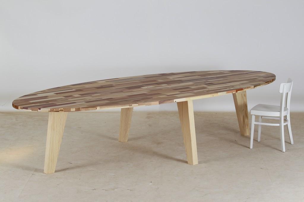 Massief Houten Tafel : Massief houten tafel tom tom gerecyclede tafels mv kantoor