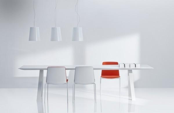 Zelf uw vergadertafel samenstellen bij MV Kantoor