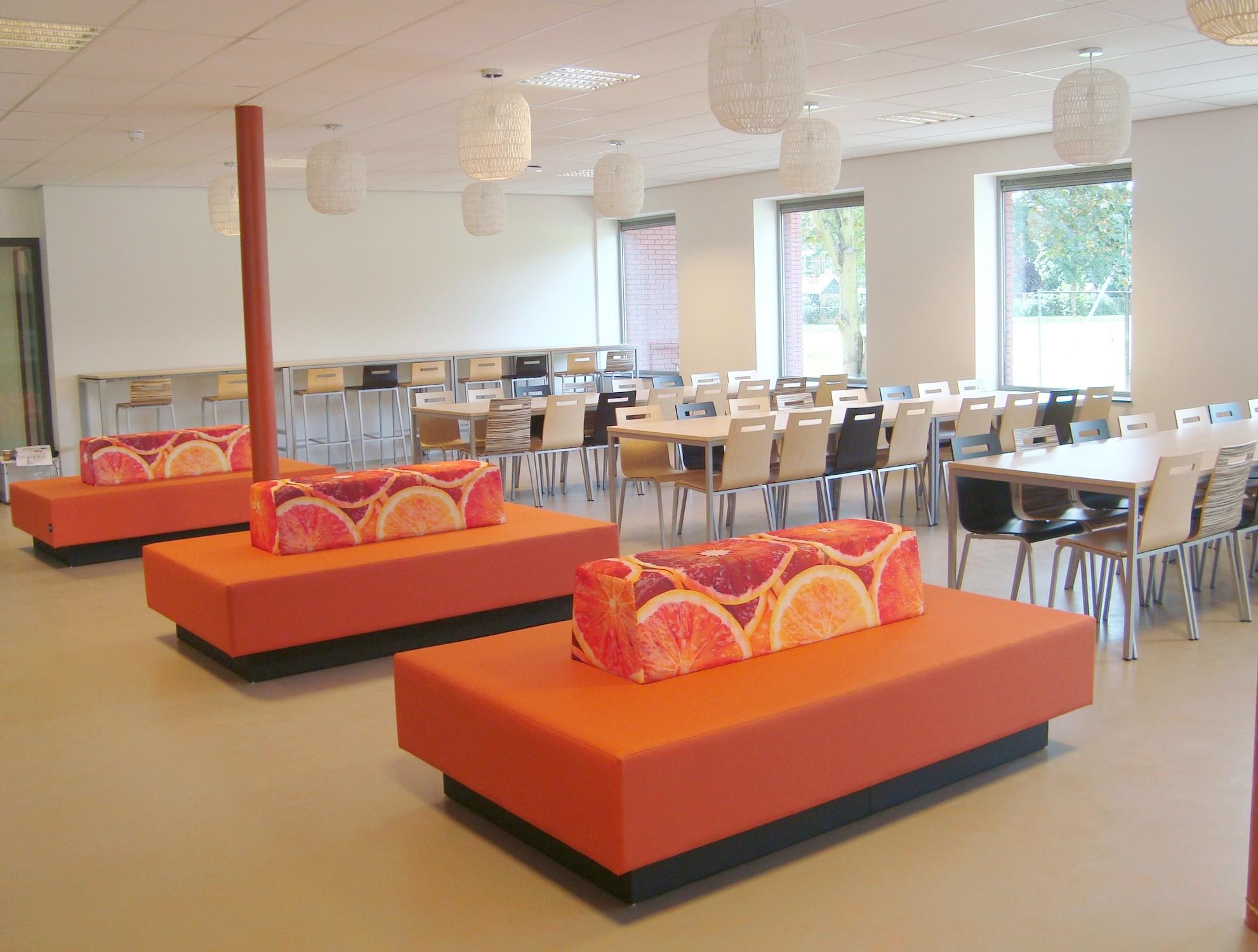 Kennemer college uw projectinrichter voor kantoormeubilair - Kantoor houten school ...