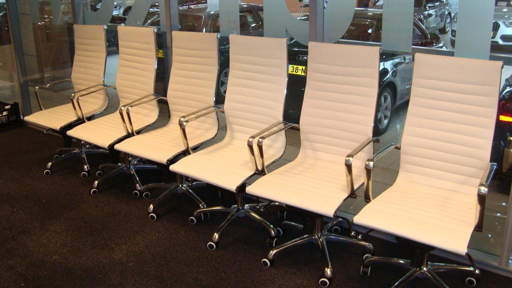 Witte bureaustoelen met padding