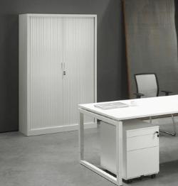Wit bureau met opbergingsmogelijkheid