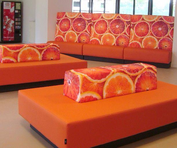 gezonde-kantine-inrichting-sinaasappel-treinbanken