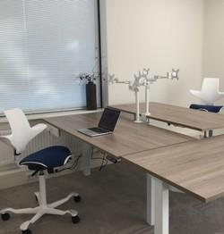 Frisse en open kantoorinrichting